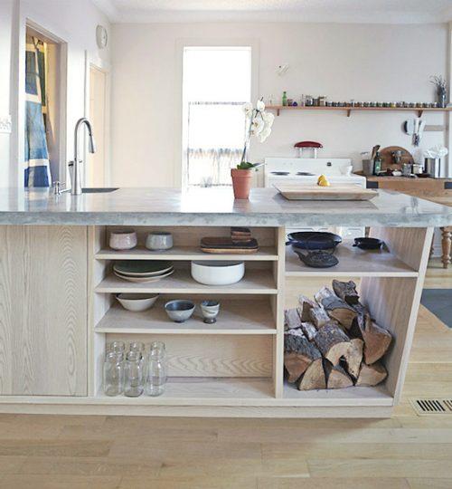 Contemporary kitchen (concrete countertop)
